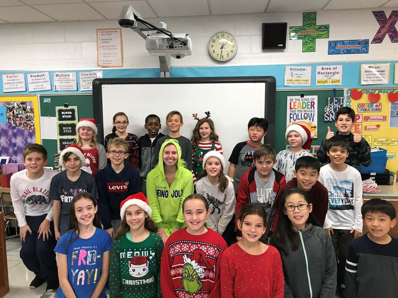Ms. Wessel's 5th grade class holiday whole class picture.