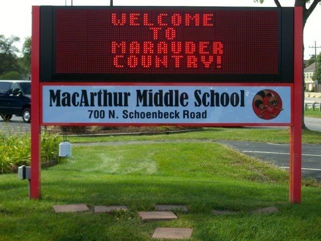 MacArthur Marquee